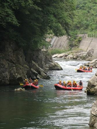 080915_rafting0.JPG
